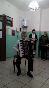 Тимохин Георгий, ведущая концерта Рассохина Виктория Юрьевна, Манова Надежда Александровна